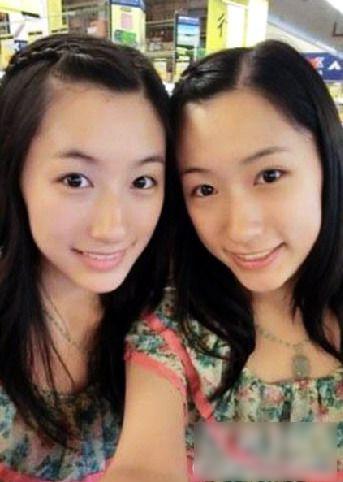 的双胞胎姐妹花