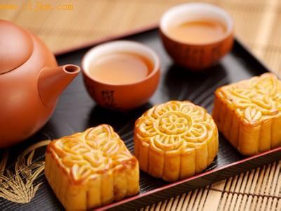中秋节吃月饼,注意的饮食健康